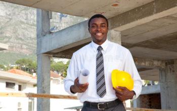 homme-africain-dans-le-chantier-38897388